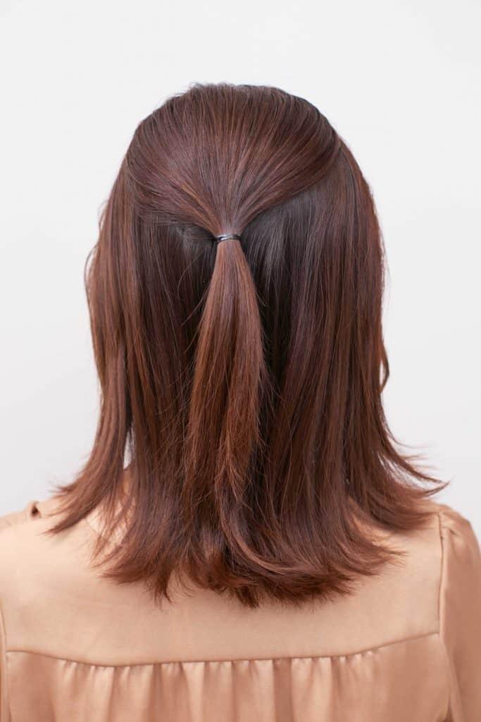 かき上げ前髪はエレガントな雰囲