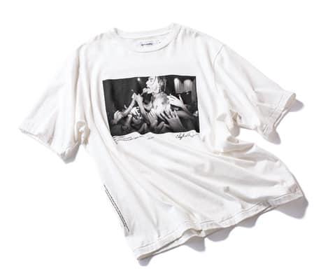 フォトTシャツ 無地よりも華や