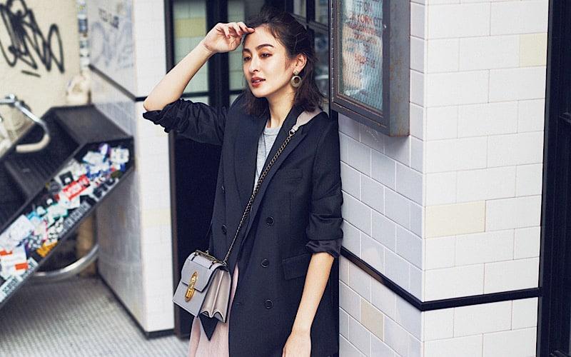 【今日の服装】コンバースコーデを旬っぽく見せるアイテムは?【アラサー女子】