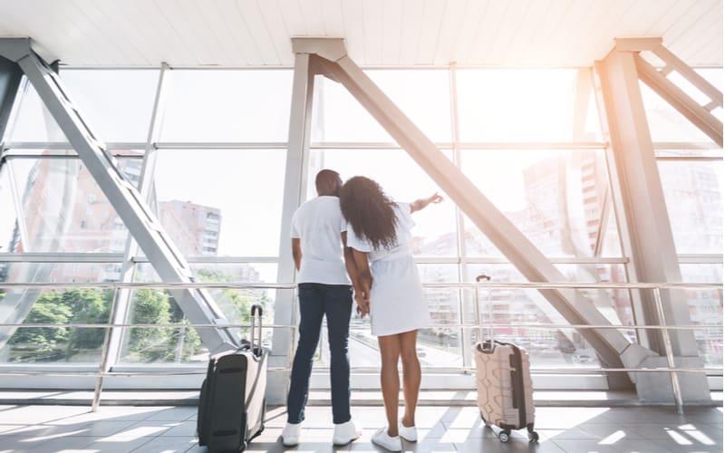 1.旅気分を味わえる…空港