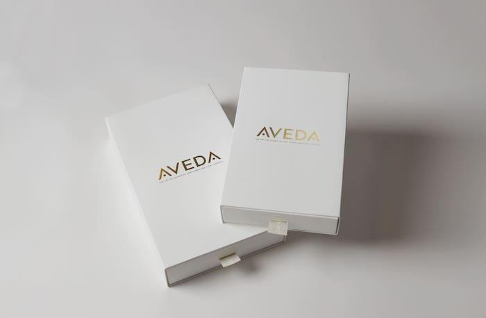 大人気AVEDAの刻印ブラシがさらにギフト仕様に!【ウェディングの引き出物にも】