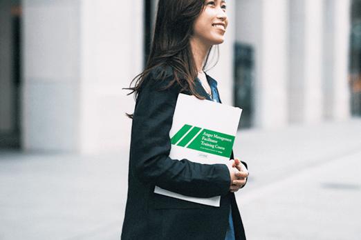 アラサー女子の「ゆるめ通勤服コーデ」3選【関西女子の働き方改革】
