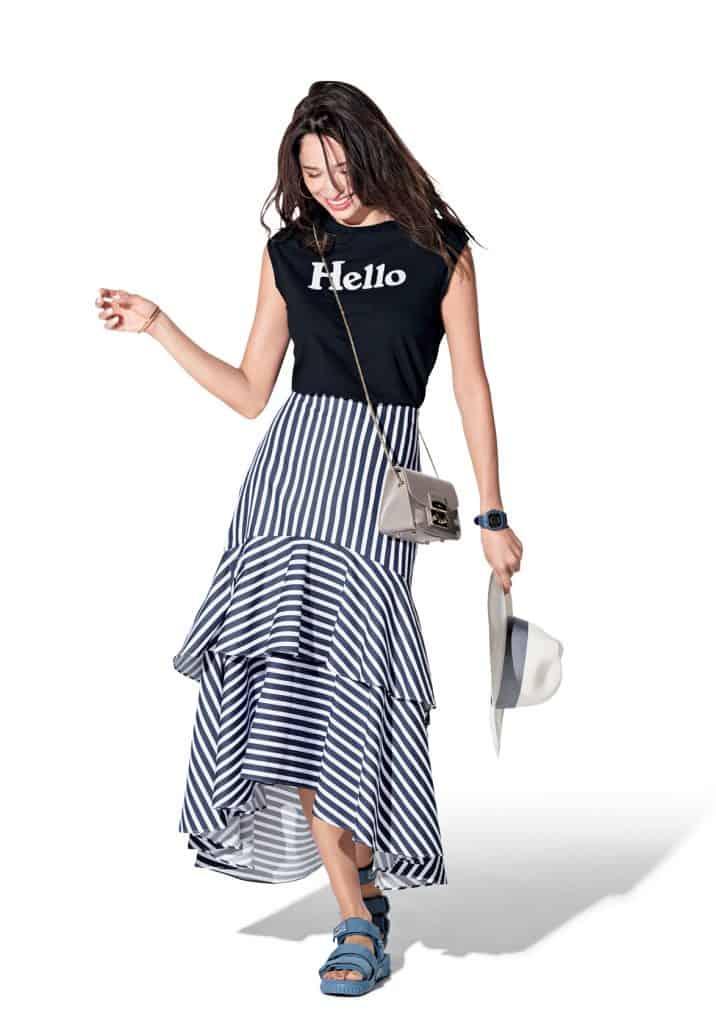 上品な印象のストライプスカート