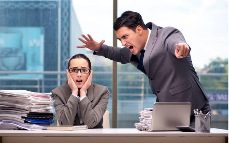 周りから信頼されない理由は…仕事でミスを繰り返す人の特徴4つ