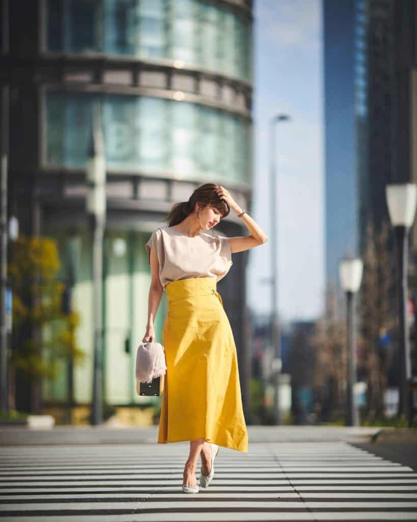 夏はキレイ色のフレアスカートを