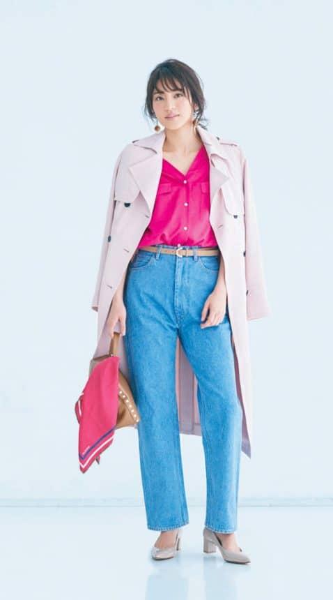 ピンクのシャツを主役にコーディ