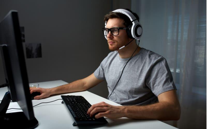 オンラインゲームでデート