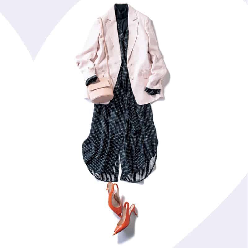 ピンクとブラックで大人可愛いワンピースコーデに【今日の着回しDiary】