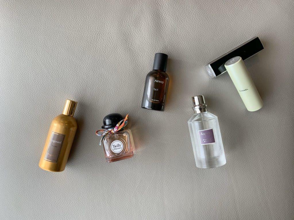アラサー読者モデルがおすすめの香水6選【コーデに合わせて使い分け】