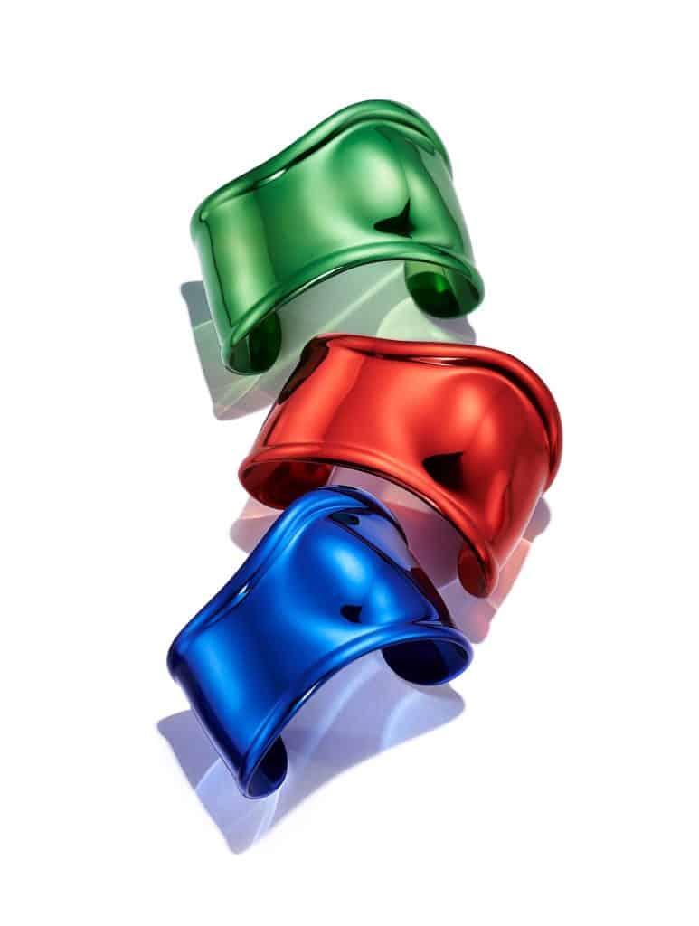 ティファニーの名品バングル「ボーン カフ」から新作が3色も登場!