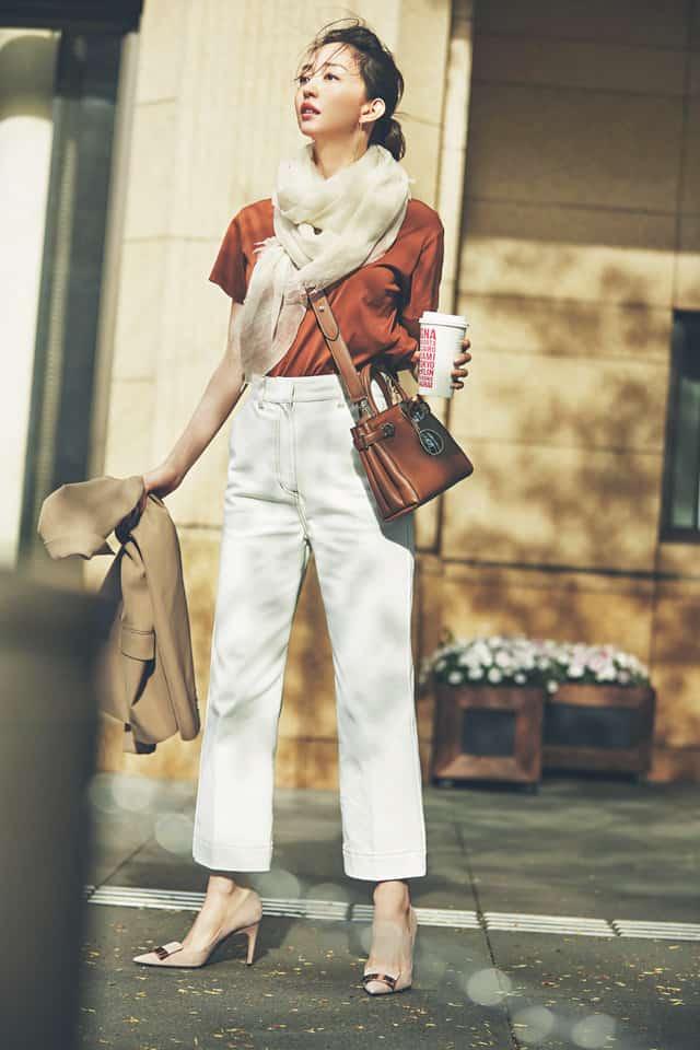 うっかりするとおばさん見え?「白デニムコーデ」をオシャレに着るなら…