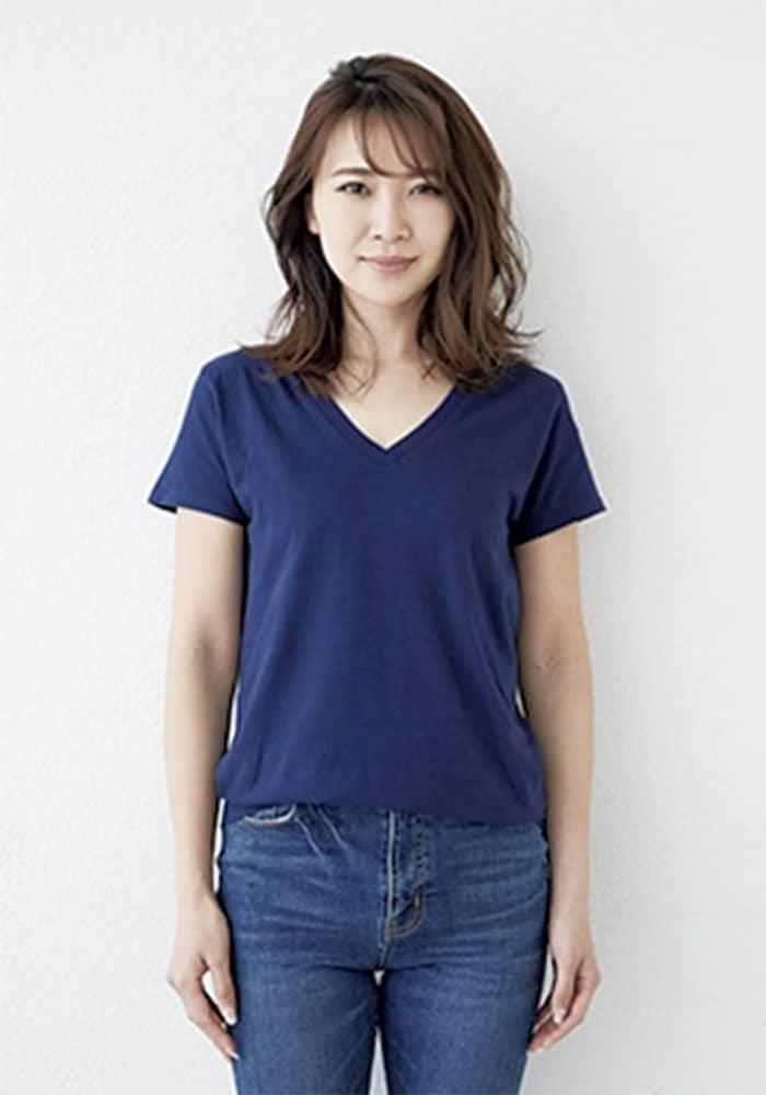 今どきの〝Tシャツバスト〟に谷