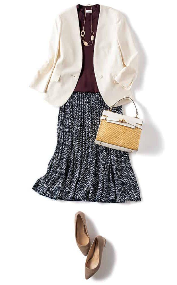 黒ドットスカート×白ジャケット