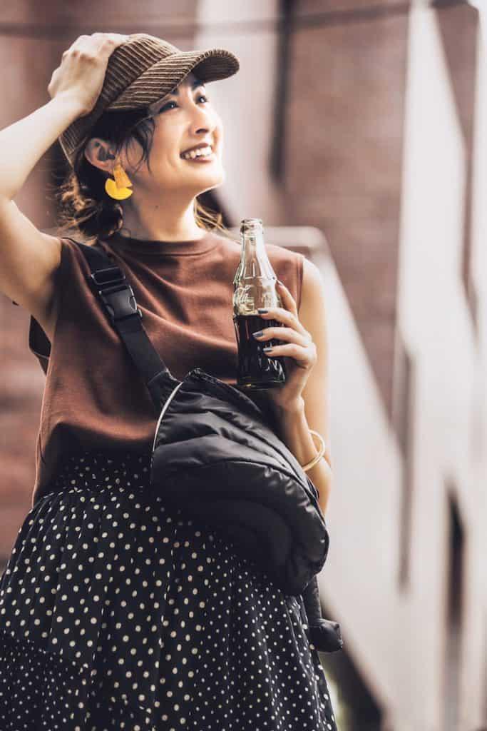 可愛らしいドットスカートは、黒