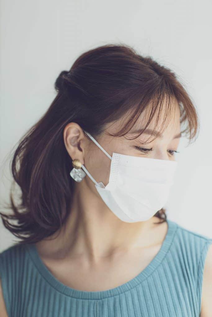 マスクをしている日の髪型がダサい問題を解決!【❷ねじりアレンジ編】