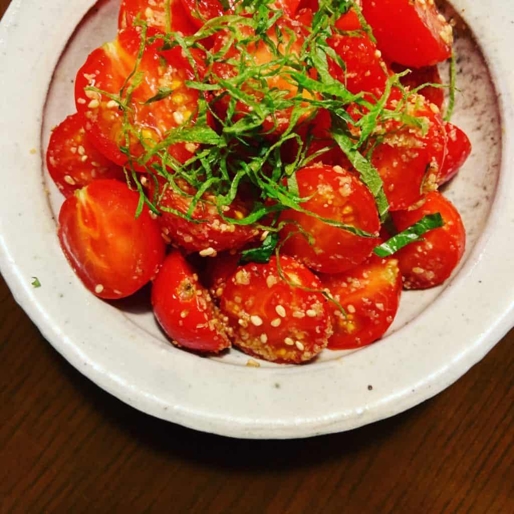 【材料と作り方】 ①ミニトマト