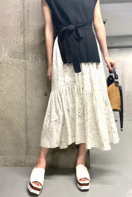 このスカートのデザイン、とって