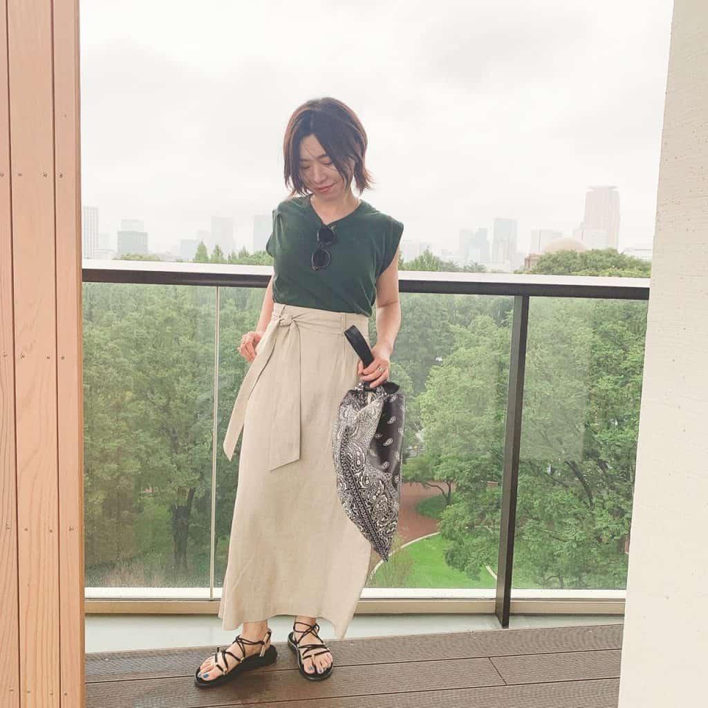 「キレイめな形のスカートですが