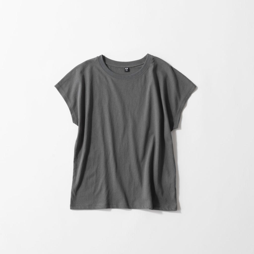 猛暑日に!「ユニクロTシャツ」の快適コーデ着回し3選【足元はスポサン&コンバース】