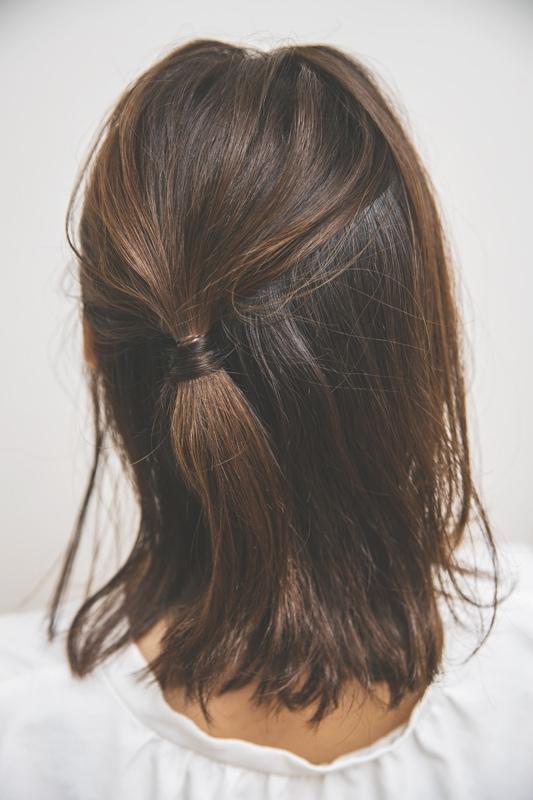 「大胆な後れ毛使いが新鮮で、一