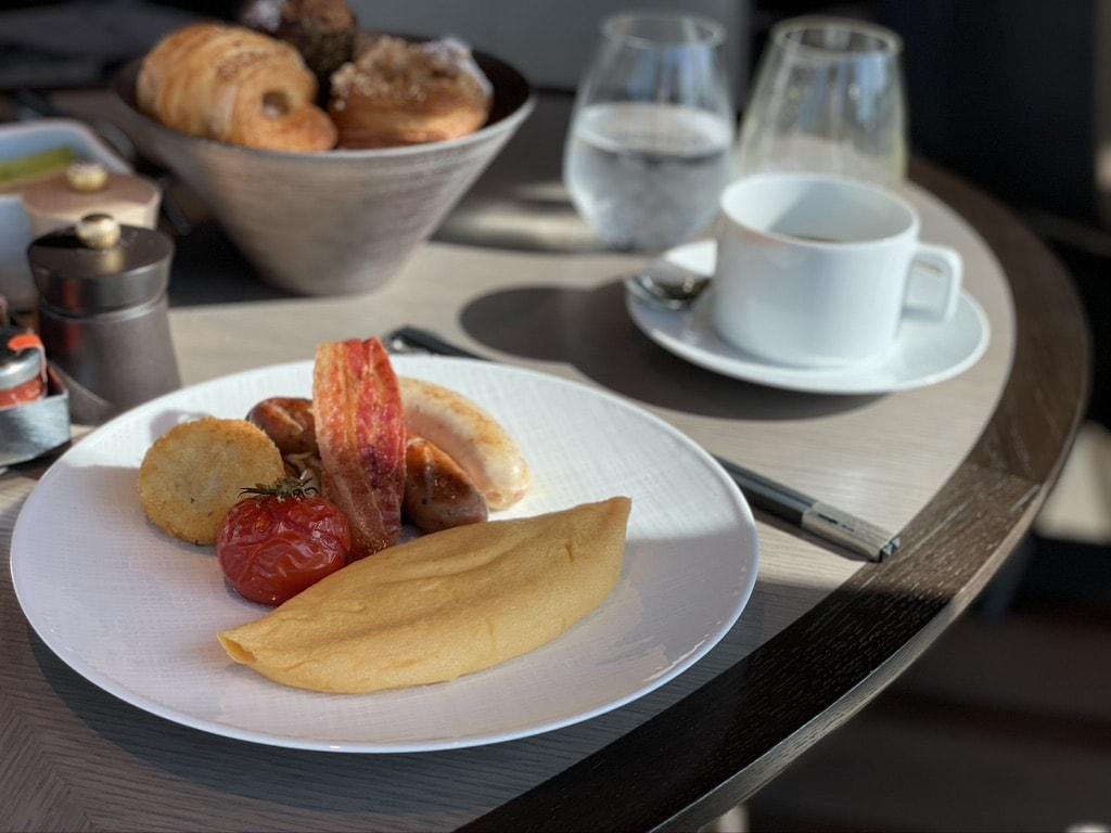 早起きして、朝食タイム。ルーム